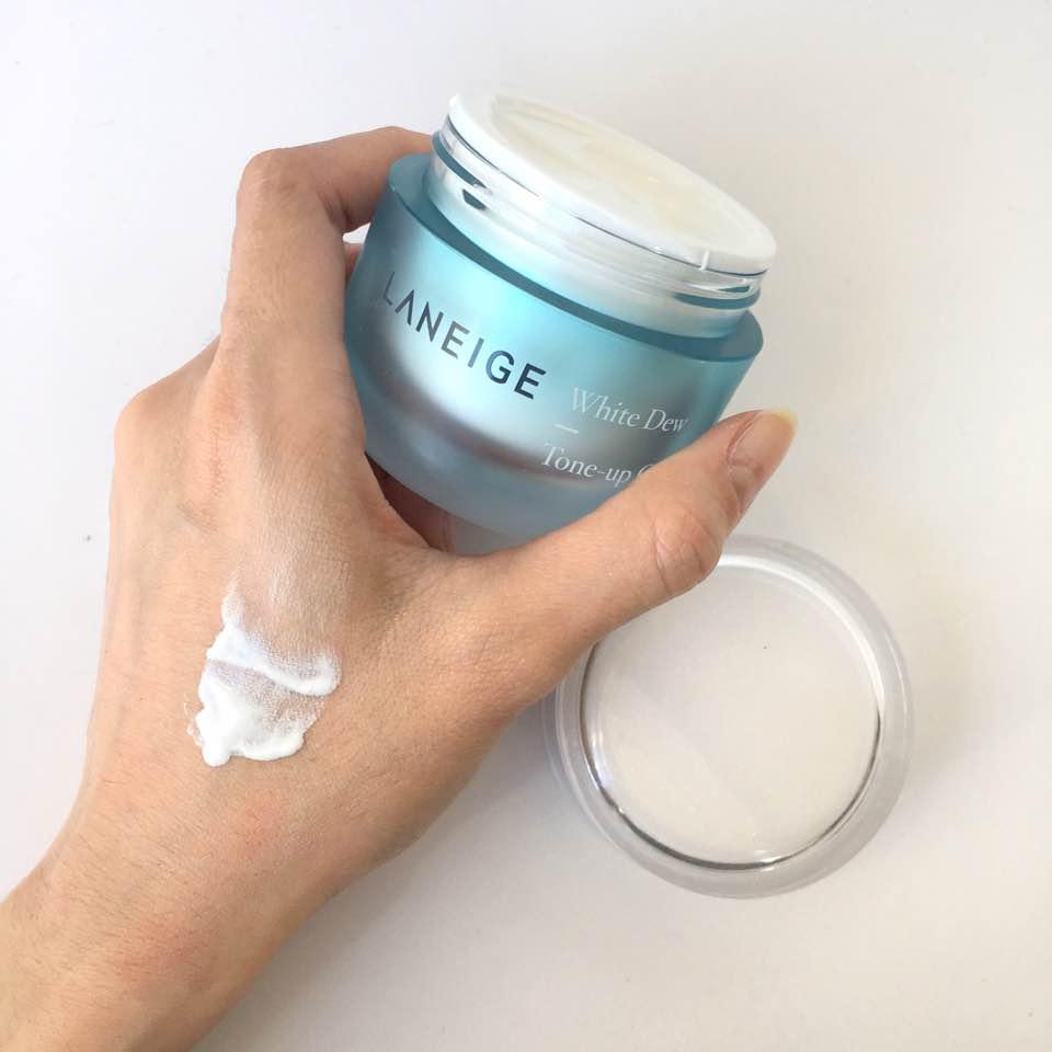 Kem Dưỡng Trắng Da Laneige White Dew Tone Up Cream
