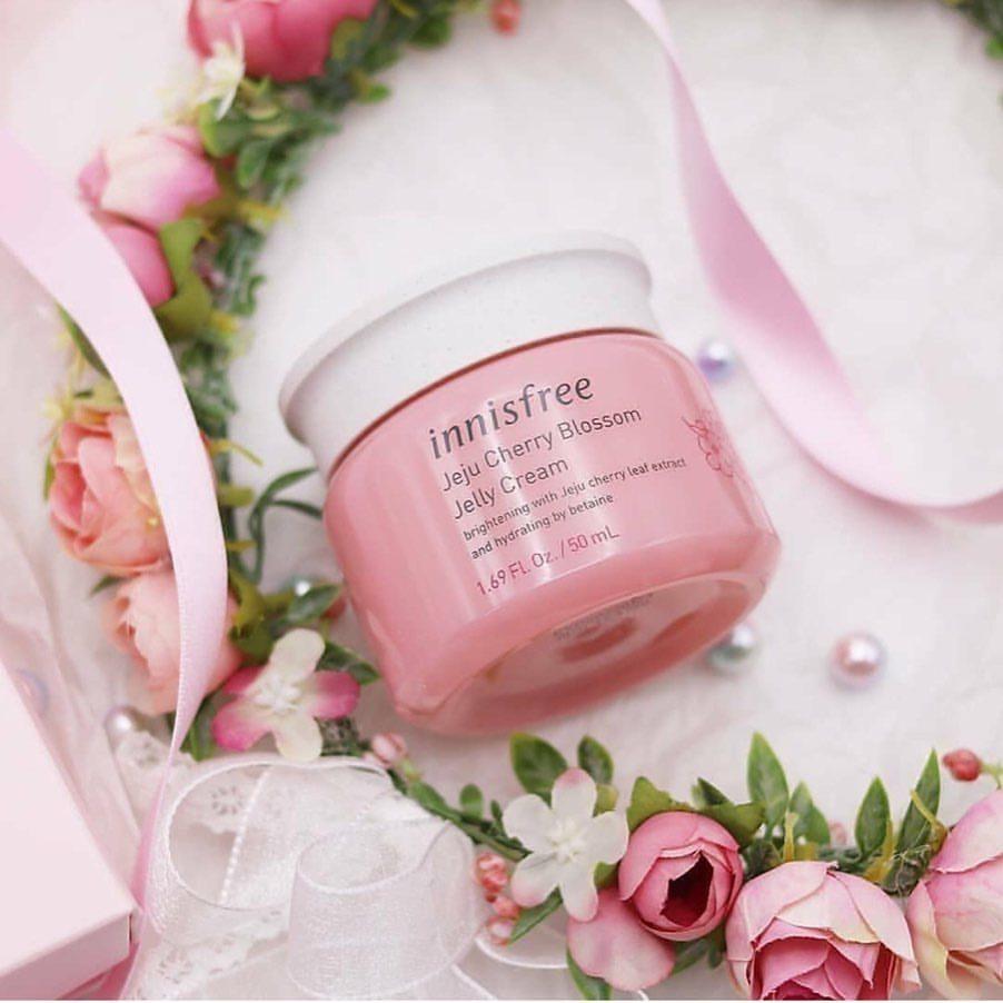 Kem Dưỡng Ẩm Dạng Gel Innisfree Jeju Cherry Blossom Jelly Cream 50ml
