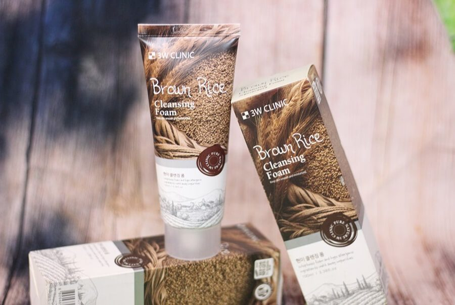 3w Clinic Brown Rice Cleansing Foam