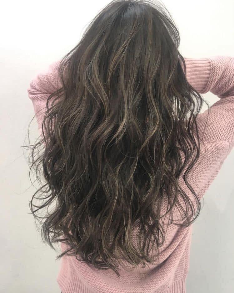 tóc uốn bắt trend 2021