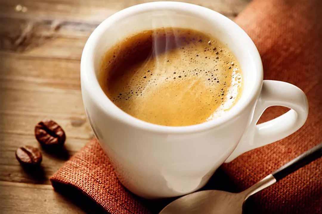 Uống cà phê một giờ trước khi tập luyện
