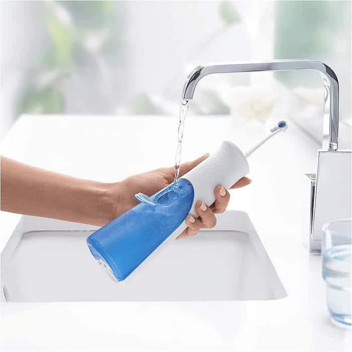tăm nước vệ sinh răng